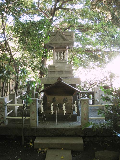 諏訪神社 谷根千 三宝神社
